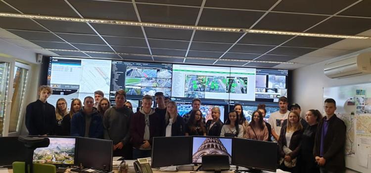 Dzisiaj (10 października) uczniowie 4 klas o profilu logistycznym brali udział w wyjazdowej lekcji w Centrum Sterowania Ruchem w Gliwicach